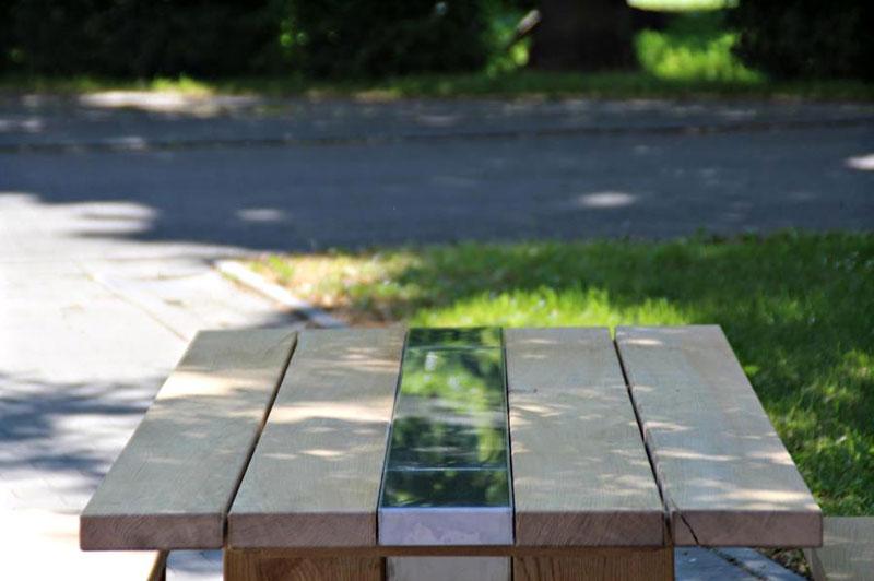 Sitzgarnitur aus Eiche - Detail Tischfläche