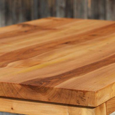 Nußbau Tisch (1)