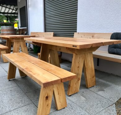 Lärchen Tisch